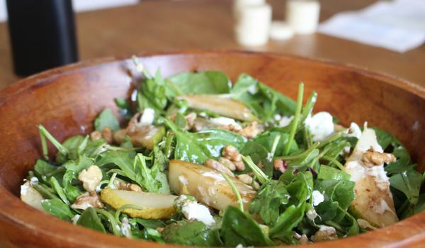 Caramelised Pear, Walnut & Goats Cheese Salad