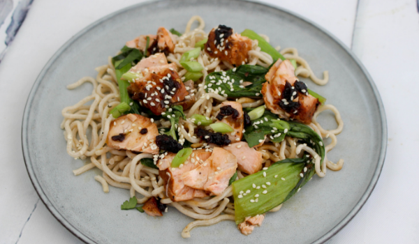 Flaked Vietnamese Salmon with Noodles